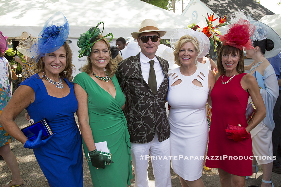 Joanne Bogan, Annette Brennan, Sharon Bozentka,and Tina Aberant with Carson Kressley